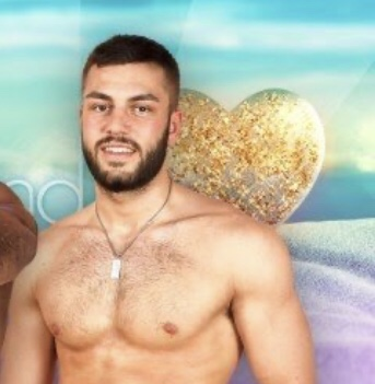Love Island: Connagh and Finley make themselves at home