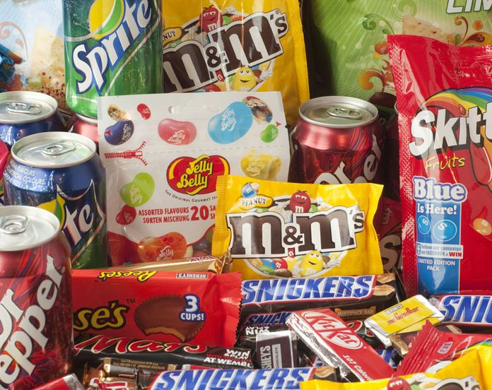 UK to ban 'buy one get one free' promotions on junk food