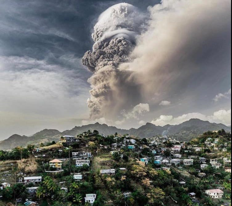 St Vincent continues to experience volcanic eruptions