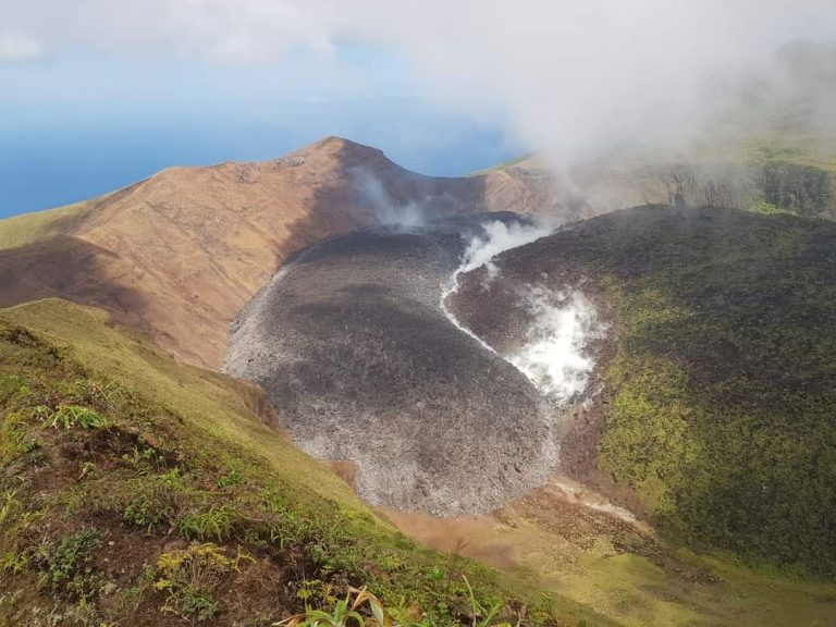 St Vincent begins evacuations due to imminent volcanic eruption